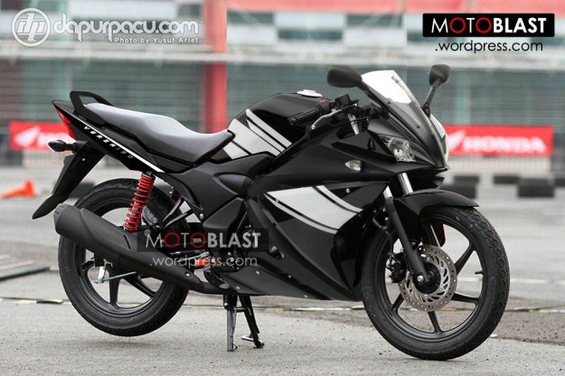 modif-striping-honda-verza-fairing150-new1