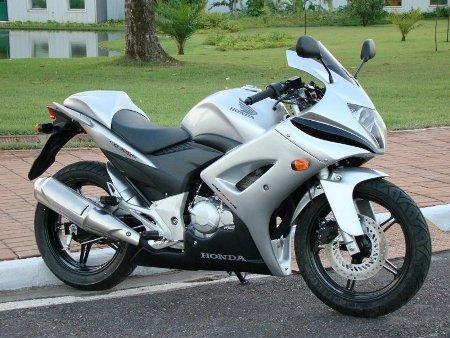 Inikah wujud Honda New Mega pro PGM FI ?