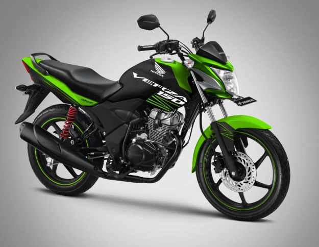 modif-striping-honda verza 150 2014-black-green-1