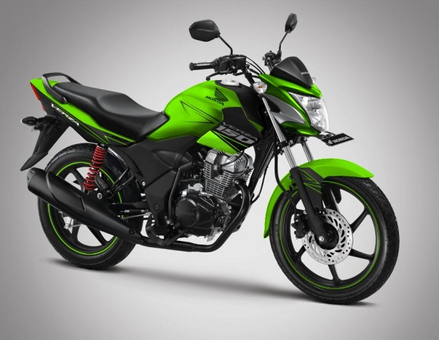 modif-striping-honda verza 150 2014-black-green-3