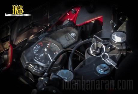 yzf-r25-speedo