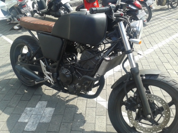 cbr250r-cafe racer bali - motoblast5