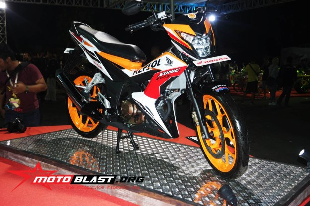 Launching Sonic 150r repsol